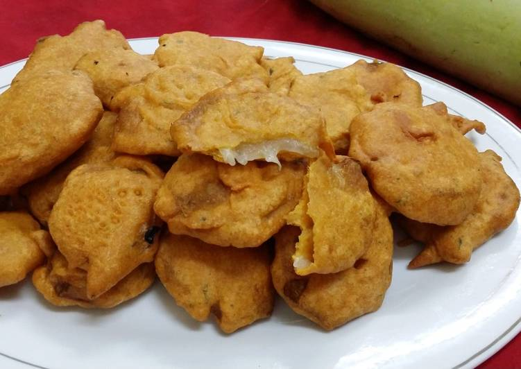 Bottle Gourd Fritters/Lauki Pakoras
