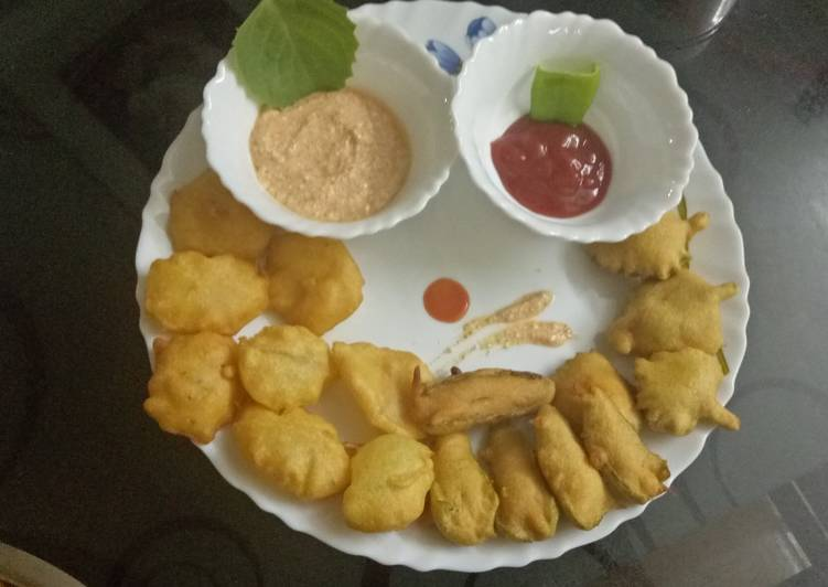 Step-by-Step Guide to Make Super Quick Homemade Potato ajwain and chilli pakoda