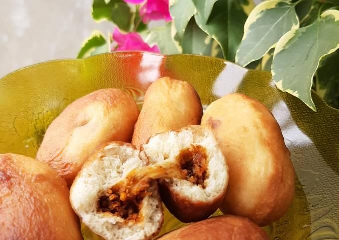 Luti Gendang (Roti isi abon ikan pedas)