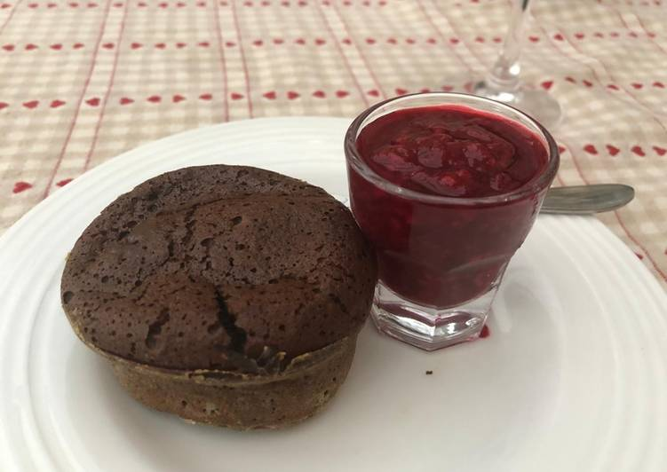 Recipe of Perfect Chocolate fondants (lava cake) with raspberry coulis