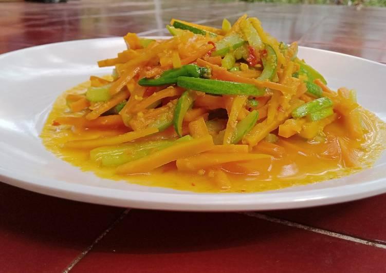 Acar kuning wortel timun