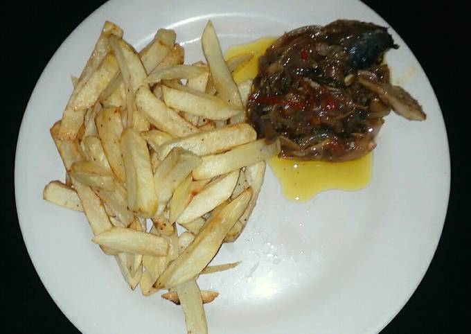 French fries &fish sauce