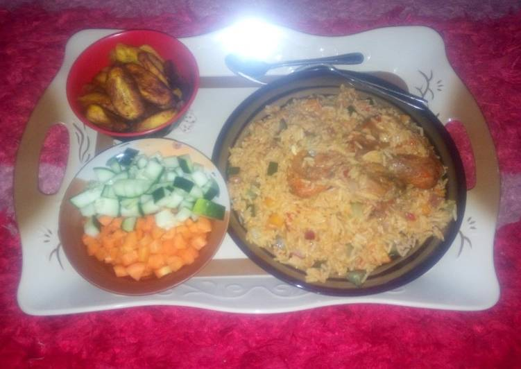 Jollof rice and chicken with plantain (Ramadhan recipe contest)