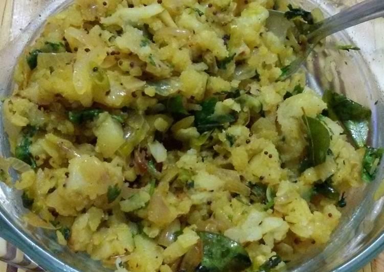 Simple Way to Make Quick Kanda Batata Poha (Flattened Rice)