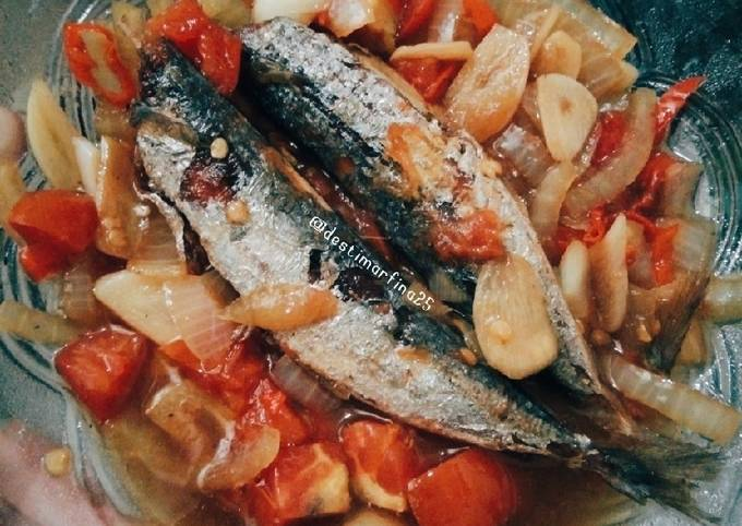 Tumis pedas ikan cue keranjang / pindang