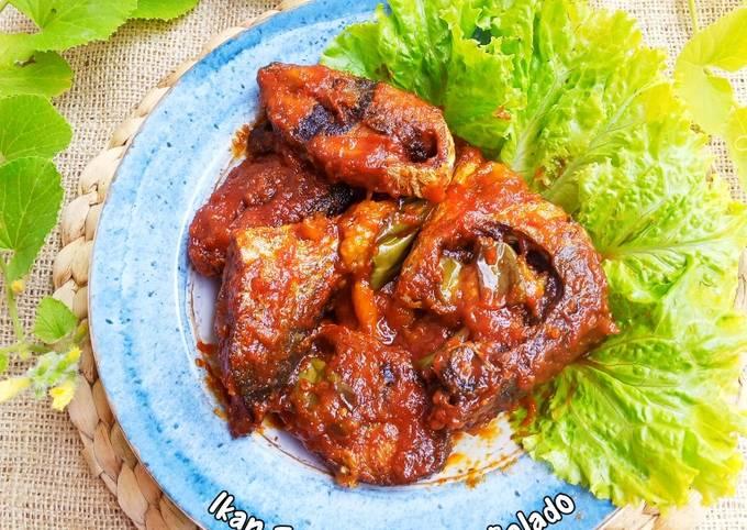 Ikan Tongkol Terong Balado