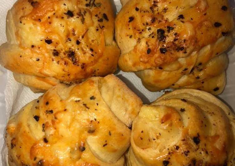 Cheesy Croissants