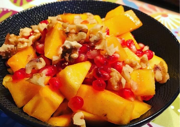Herbstlicher Granatapfel-Kaki-Salat 🍂