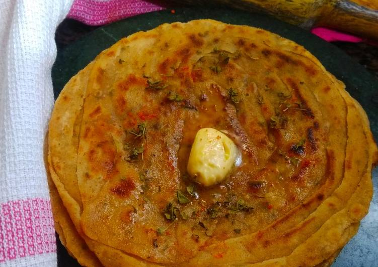 Recipe of Favorite Dry Fenugreek leaves paratha