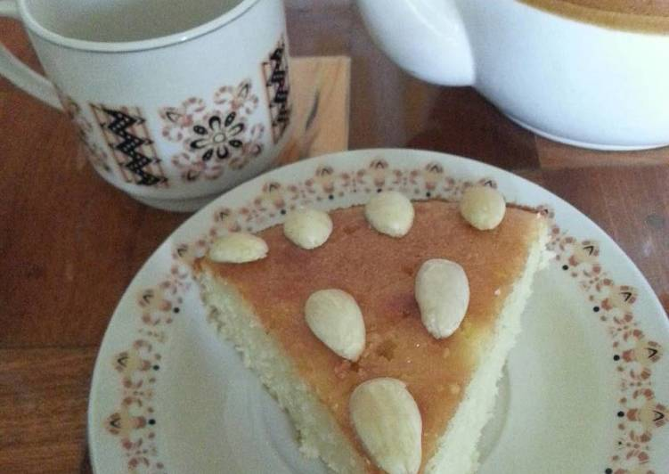 Revina (semolina cake)