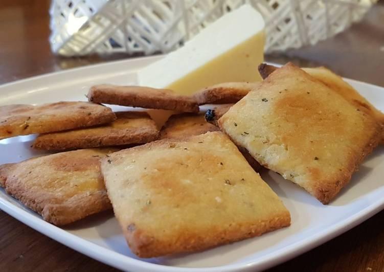 How to Prepare Delicious Cheesy Keto Crackers