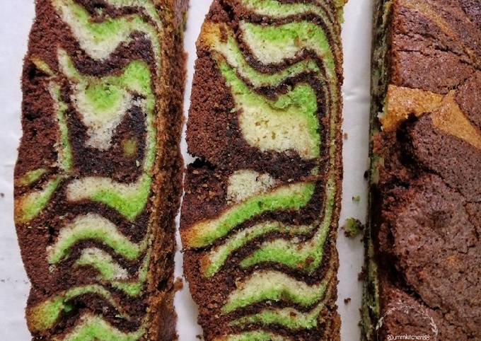 Rich marble chocolate cake