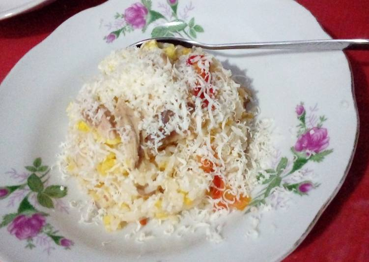 Recipe: Delicious Fried Rice and grated cheese (nasi goreng keju)