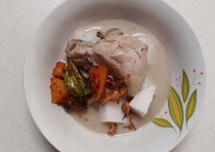 Opor Ayam Putih