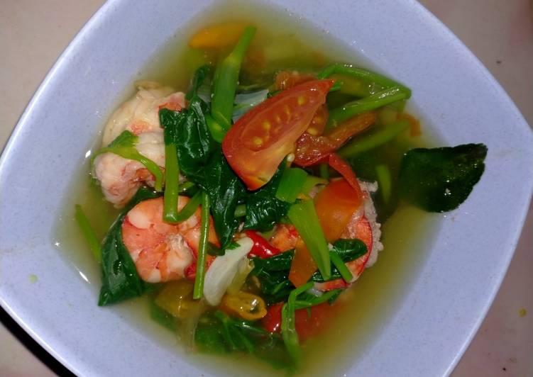 Sup udang kangkung (tomyam praktis)