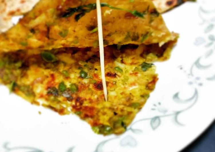 Methi Matar Parantha/ Peas fenugreek pancake - Laurie G Edwards
