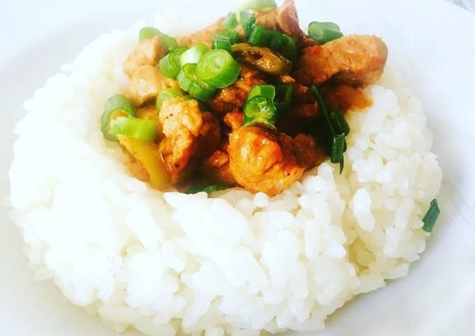 Rezept Um Jamie Oliver Gulasch auf türkische Art mit Reis zu machen