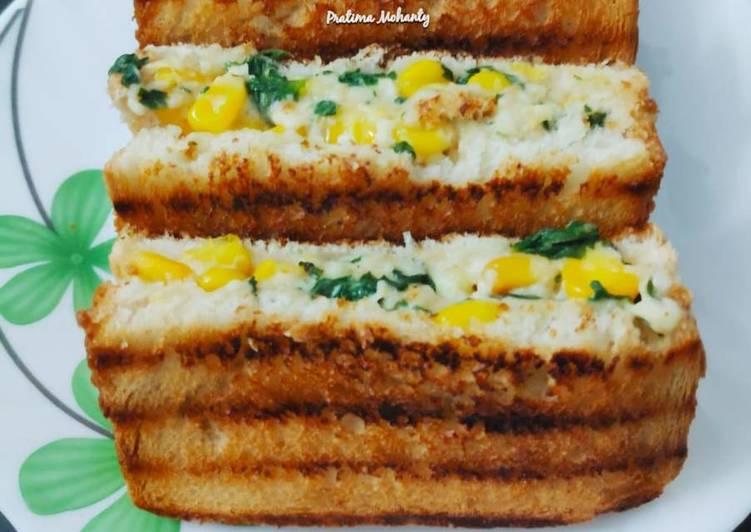 Spinach Corn Paneer Sandwich