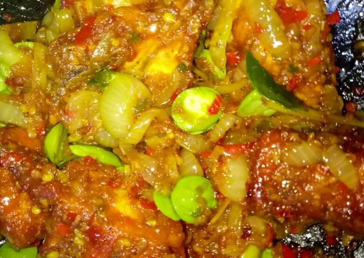 Ayam Masak Berlada Petai #widadmasak - velavinkabakery.com