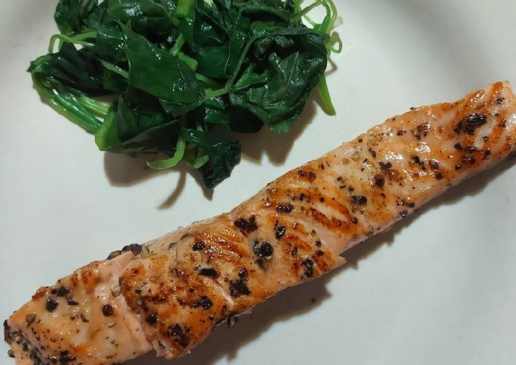 Grilled Salmon (Teflon)