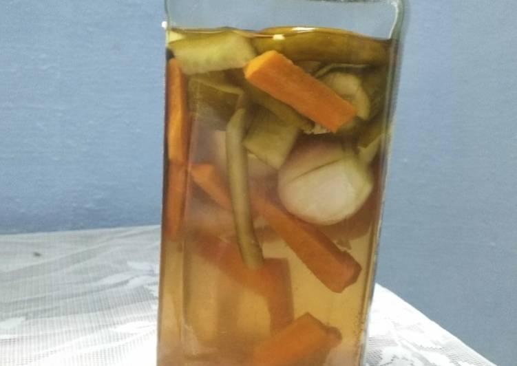 Recipe: Appetizing Vinegar vegetables pickle