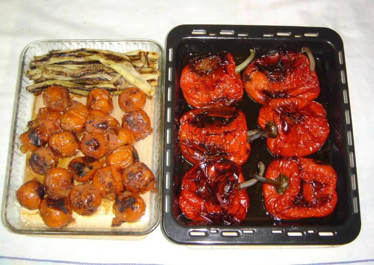 Escalivada de pimientos, cebolletas y tomates