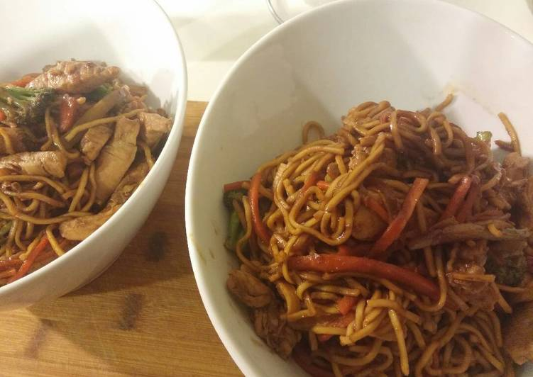 Sweet and spicy garlic chicken and pork