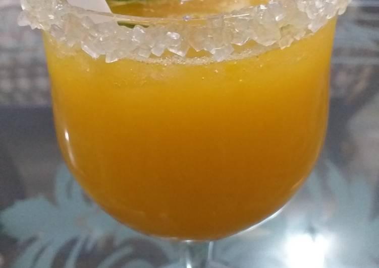 Simple Way to Prepare Ultimate Refreshing Mango Lemonade😋