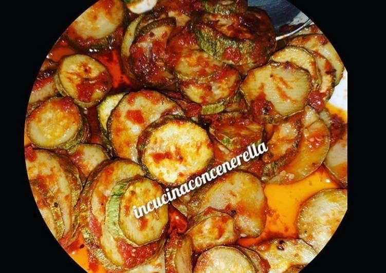 Recipe: Appetizing Zucchine trifolate al pomodoro