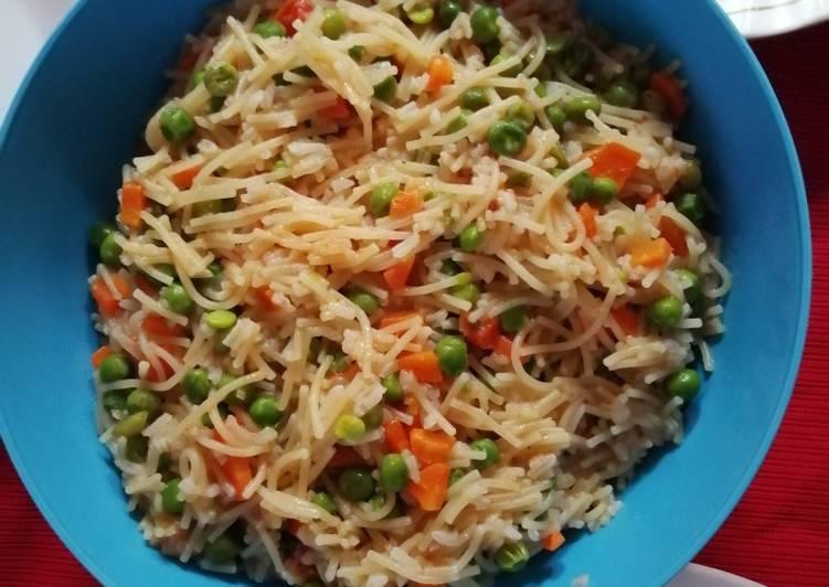 Turn to Food to Improve Your Mood Spaghetti, minji and carrots