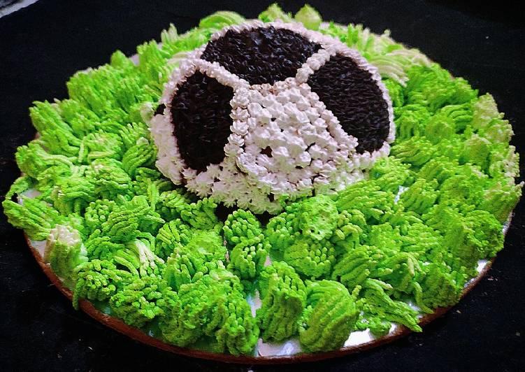 Eggless Chocolate Football cake