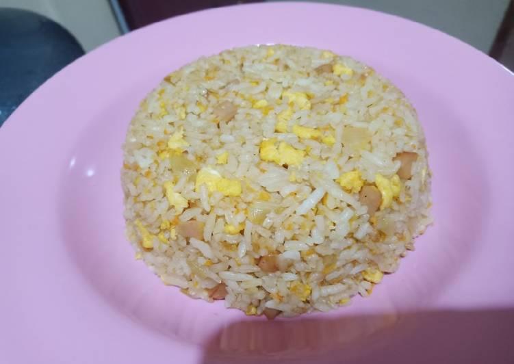 Resep Nasi Goreng Bawang Putih yang Lezat Sekali