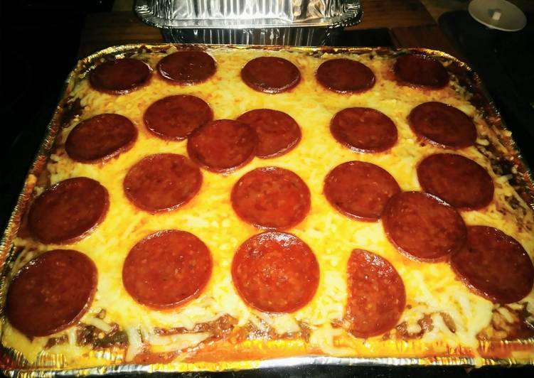 Simple Way to Prepare Ultimate Baked Spaghetti with Pepperoni