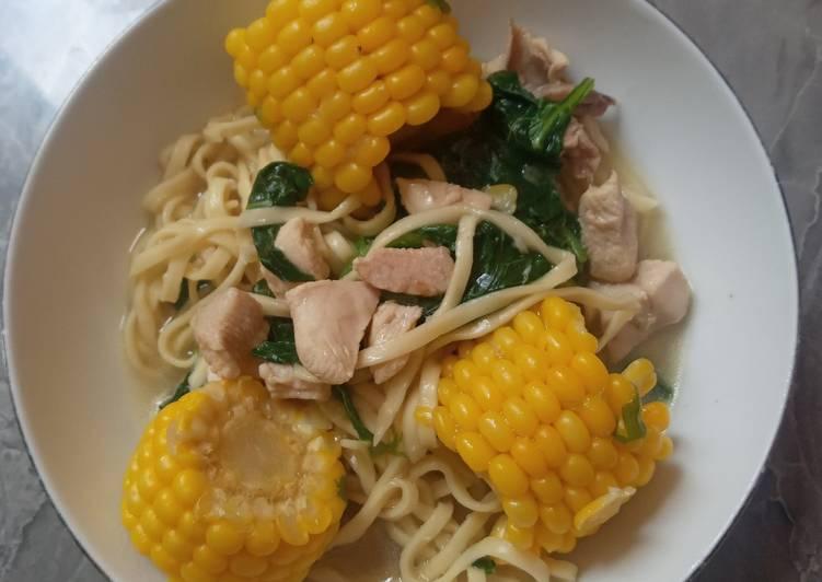 Sup Mie Ayam Jagung