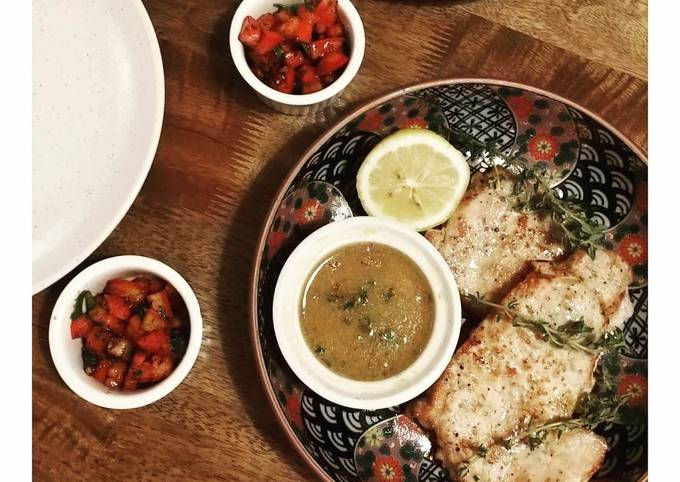 Pork loin steaks with mustard and butter sauce
