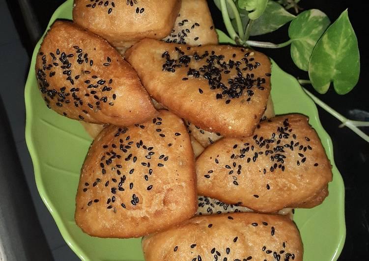 Resep Roti Bantal/Mandel goreng Wijen Hitam Paling Top