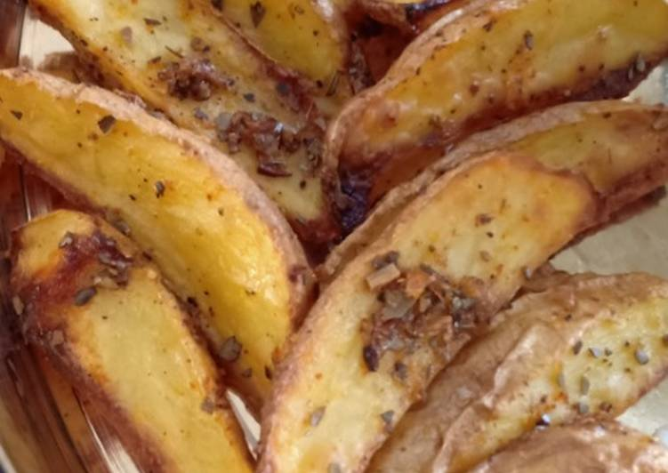 Steps to Make Quick Baked Potato Wedges