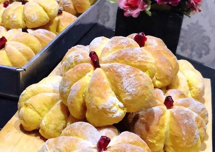 Pumpkin bread / roti labu