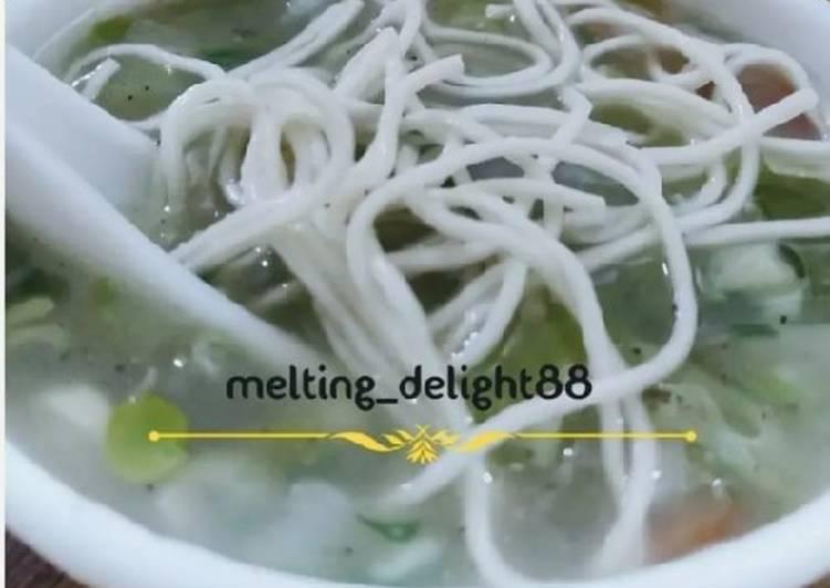 Clear Noodles Soup