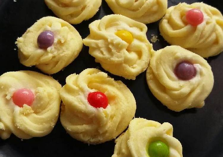 Kue Sagu Keju Rainbow Chips