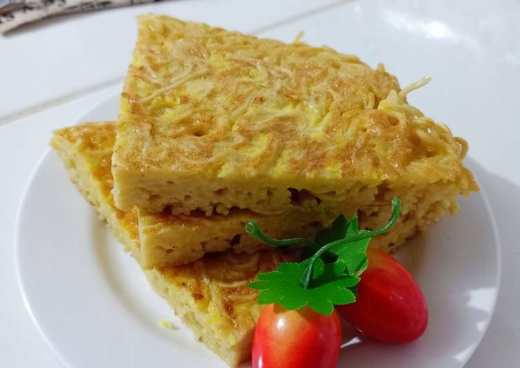 Resep Omelet mi Yang Populer Lezat