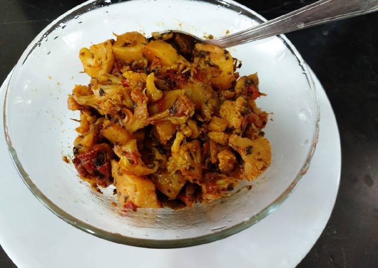 Simple Way to Prepare Perfect Cauliflower with fenugreek leaves