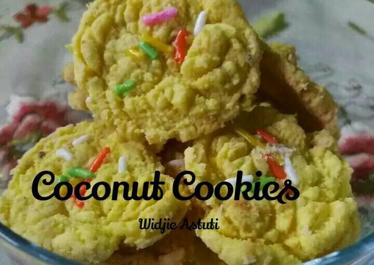 Coconut Cookies (me)