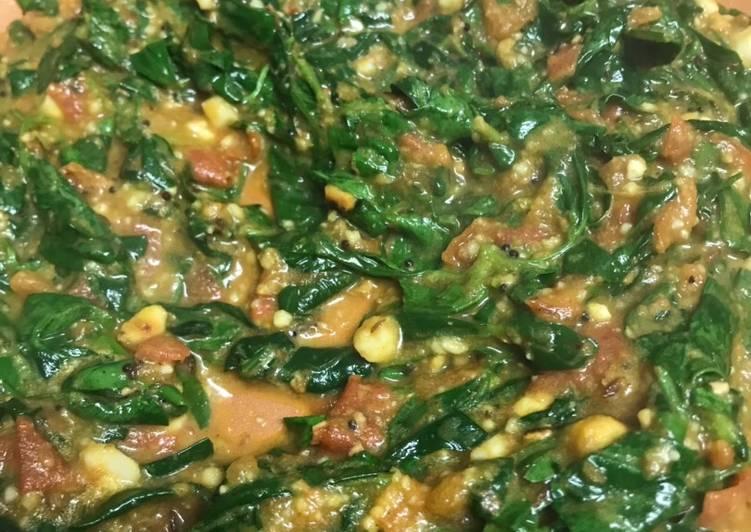 Tomato methi curry