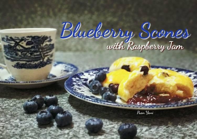 Blueberry Scones with Raspberry Jam - resepipouler.com