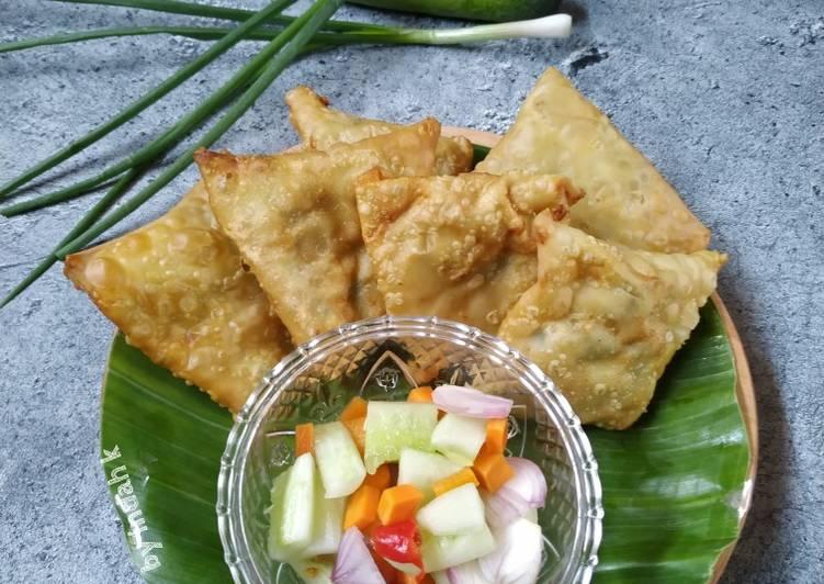 Martabak Usus, Balungan Ayam, Tetelan Sapi, Lombok Ijo