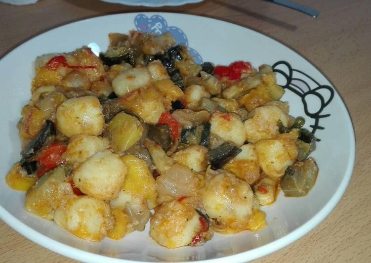 Ñoquis con verduras asadas