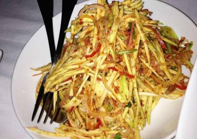 Malaysian Kerabu Mangga (Manggo Salad)