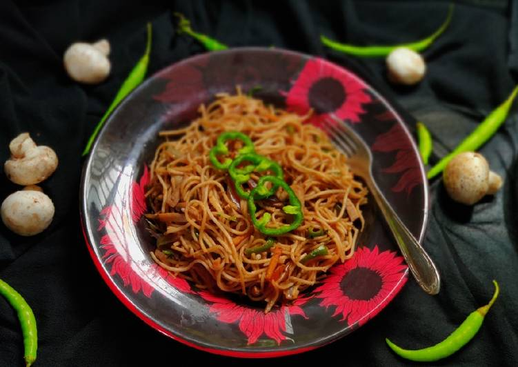 30 Minute Recipe of Diet Perfect Hakka noodles recipe