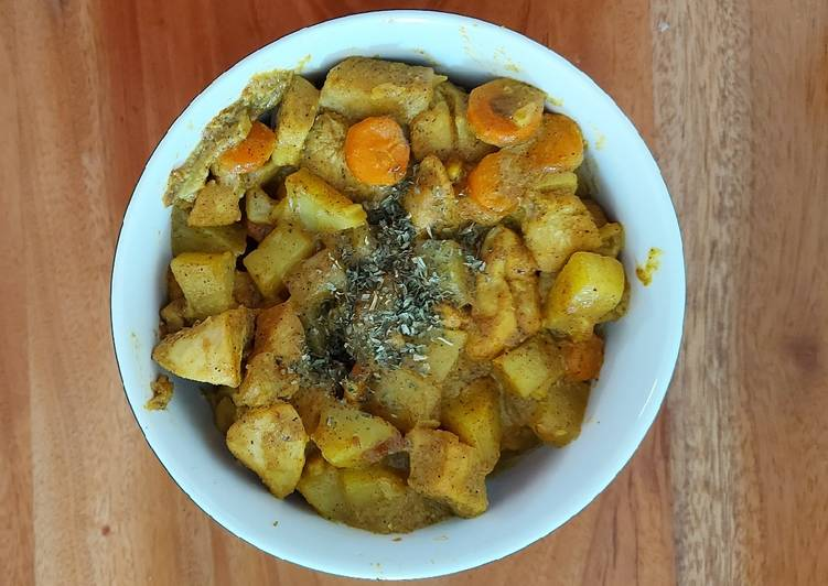 Chicken Curry (Made with Curry Powder)
